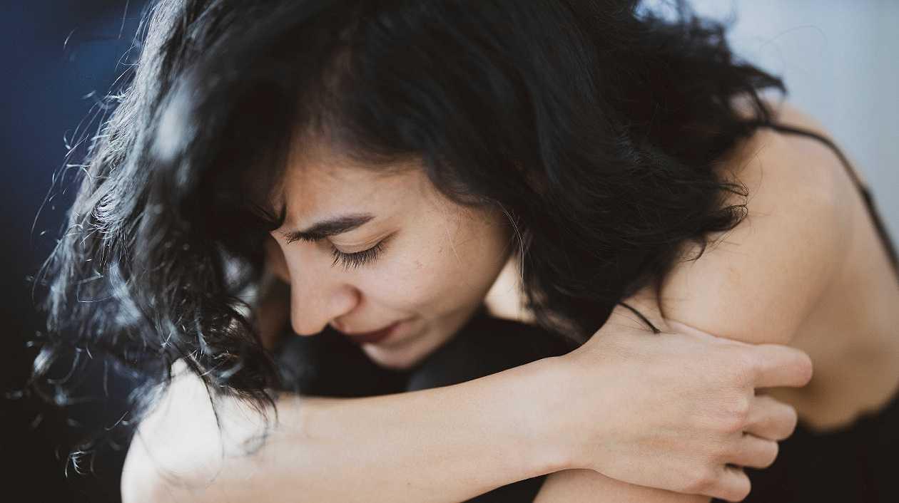 Mujer deprimida y estresada 1